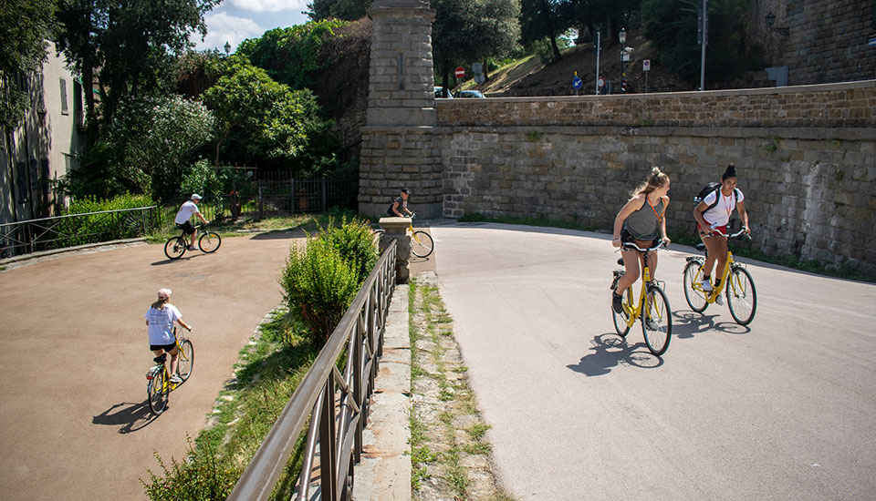 Florence itineraries by bike